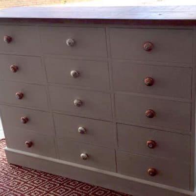13891860_602864976542804_6345233654859571705_n-400x400 Furniture